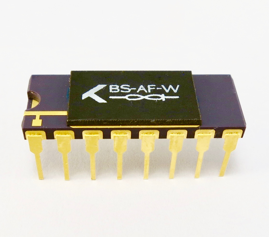 Knowm Memristor Chip